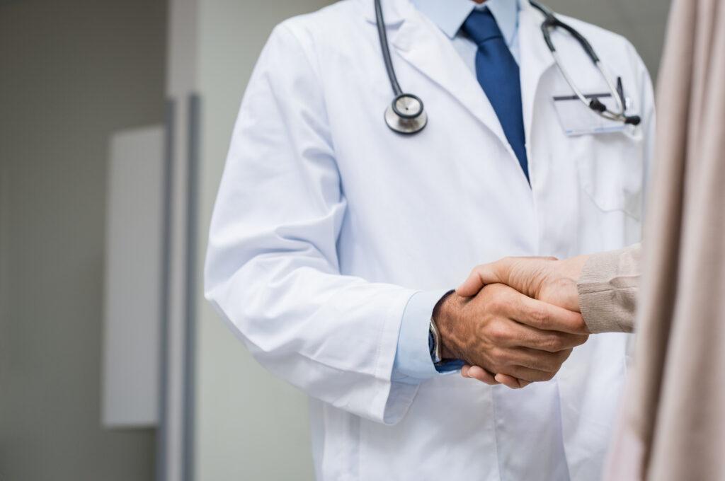 doctor patient, stop smoking